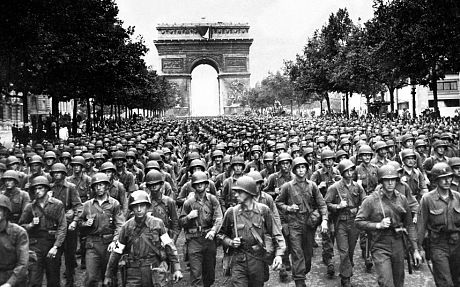ナチス パリ占領